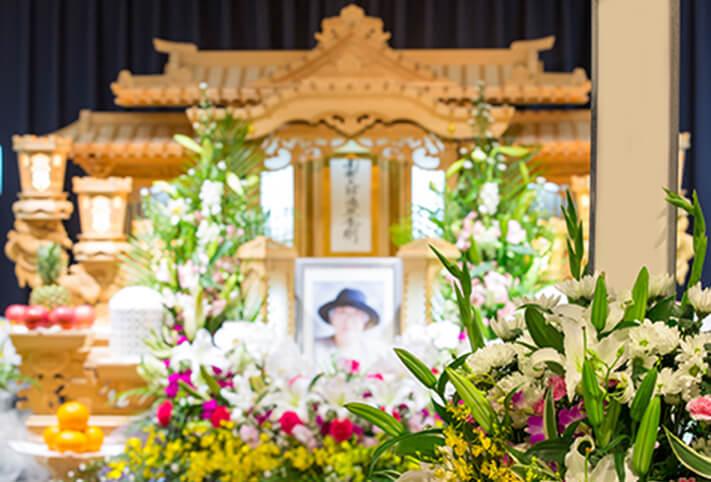写真:祭壇