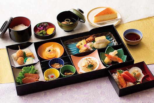 「仕出し料理平安」の名称を「日本料理たちばな」に変更いたしました。